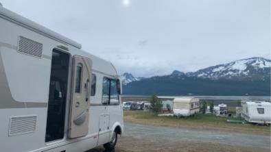 Lappi ja Norja asuntoautolla. Parhaat leirintäalueet, ravintolat ja nähtävyydet.